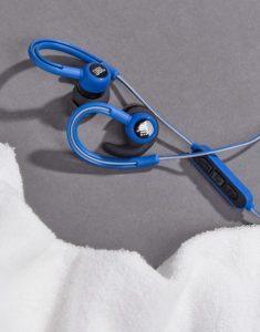 auricolari jbl blu catarifrangenti asos